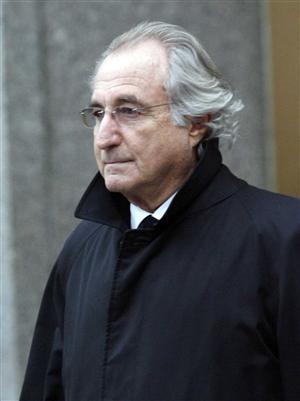 Madoff, ruba e si prende 150 ANNI di carcere: gli assassini sono fuori in 2