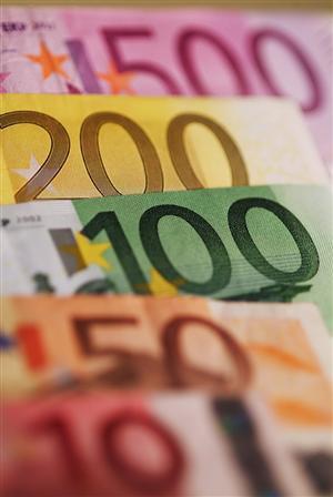 Prestare denaro ad un famigliare: prestito infruttifero